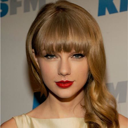 Taylor Swift Beautiful Look