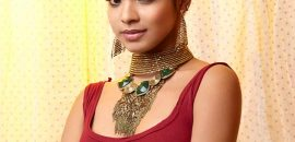 Elegant Updo For Indian Wear: Tutorial