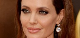 10 Pictures Of Angelina Jolie Without Makeup