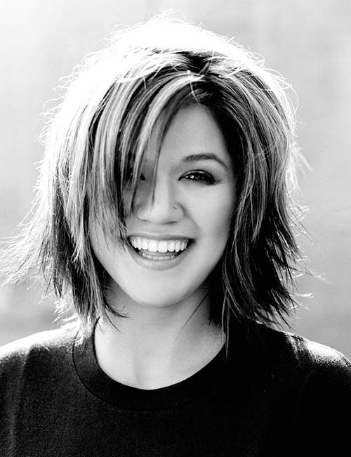29. Kelly Clarkson
