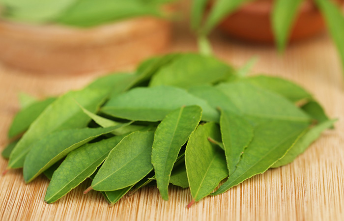 3. Curry Leaves For White Hair