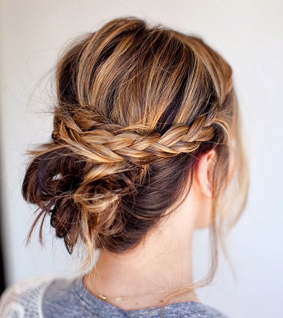 40 Stylish Updos For Medium Hair29 Pinit