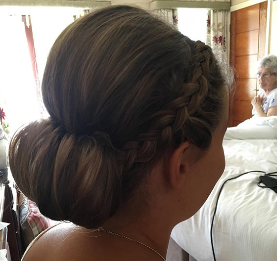 40-Stylish-Updos-For-Medium-Hair4