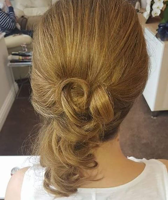 40 Stylish Updos For Medium Hair6