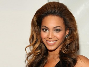 5-Celebrities-Featuring-Weave-Hairstyles