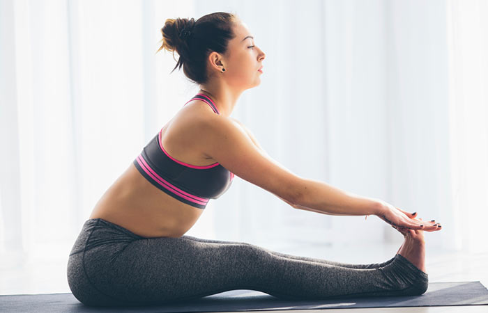 20 things you must know before you start practicing yoga push yourself but do not force a pose solutioingenieria Gallery