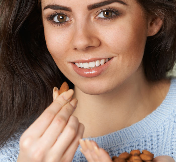 Foods For Healthy Skin - Almond