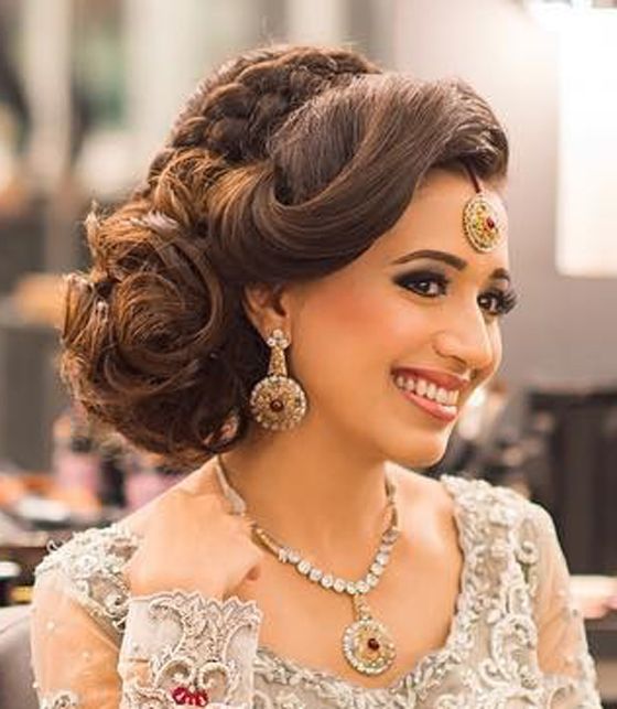 Wedding Hairstyle Crown: 40 Indian Bridal Hairstyles Perfect For Your Wedding