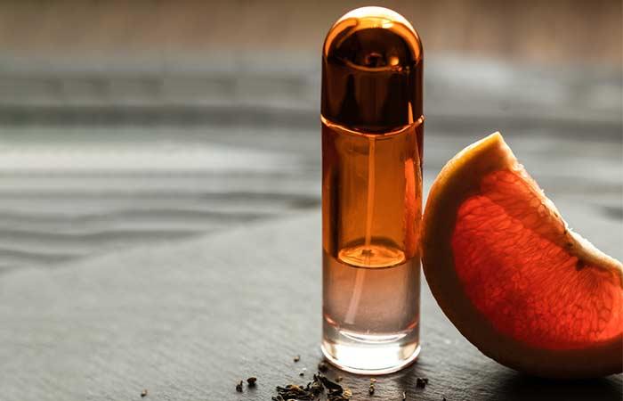 DIY Peppermint And Grapefruit Perfume Recipe