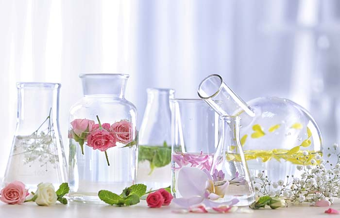 DIY Perfume Recipe Using Flowers - DIY Perfume Recipes