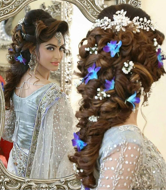 Indian Bridal Hairstyles Perfect For Your Wedding - Curly hairstyle indian