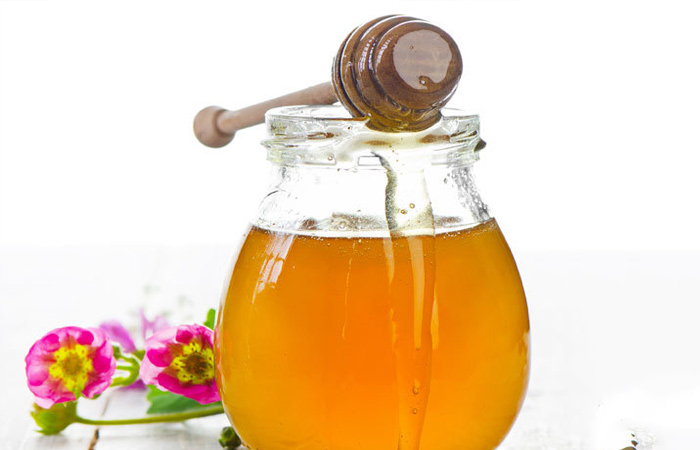Honey-for-Banana-hair-mask-recipe1