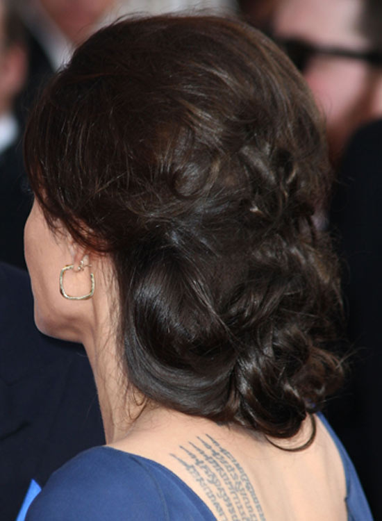 Huge-Low-Chignon-with-Casual-Messy-Finish