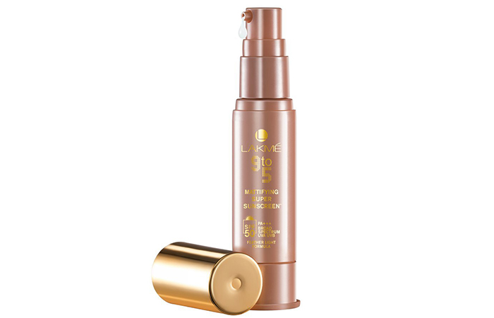 Lakme 9 to 5 Mattifying Super Sunscreen SPF 50