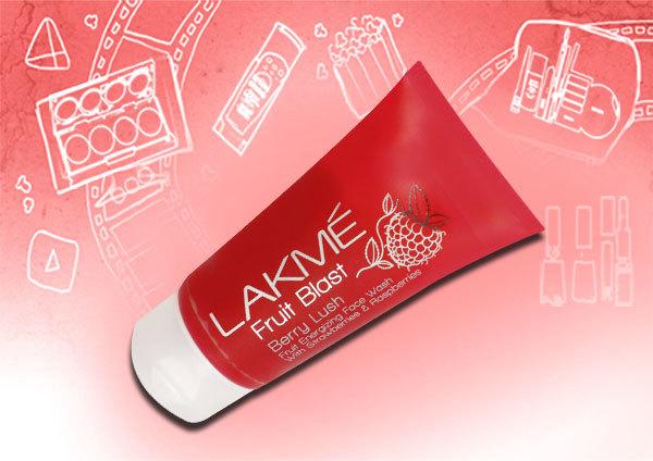 Lakme Fruit Blast Face Wash Berry Lush