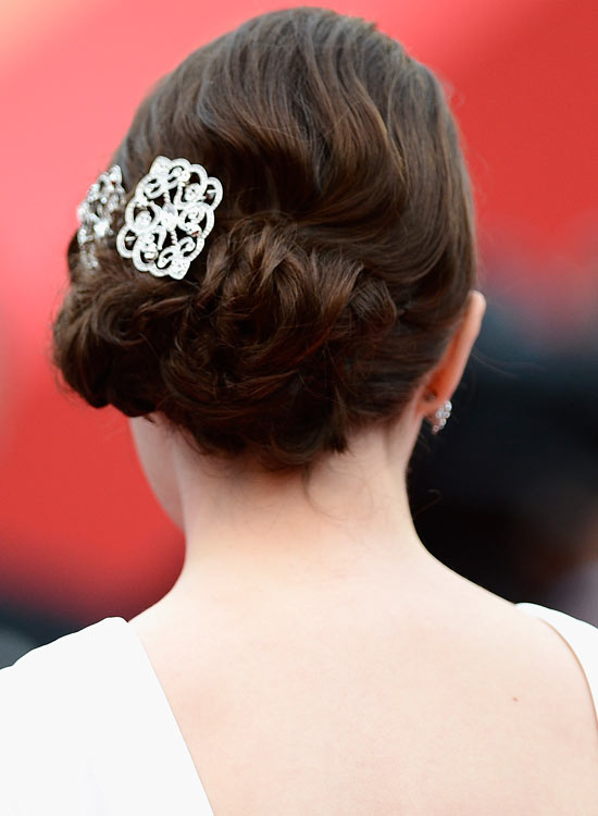 Low-Flowery-Updo-with-Textured-Waves-and-Brooch