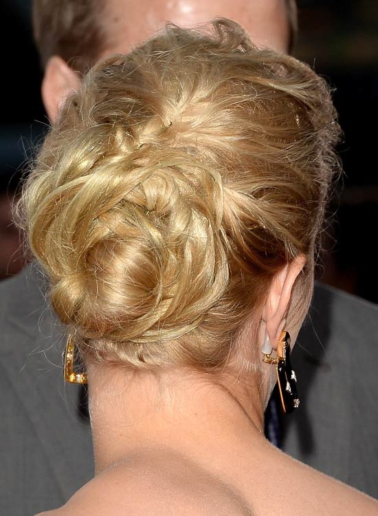 Messy-Casual-Bun-with-Folds-and-Twists