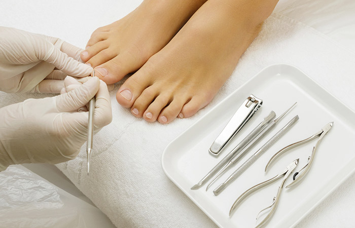 Effects Of Nutrient Deficiency On The Nails: What Do They