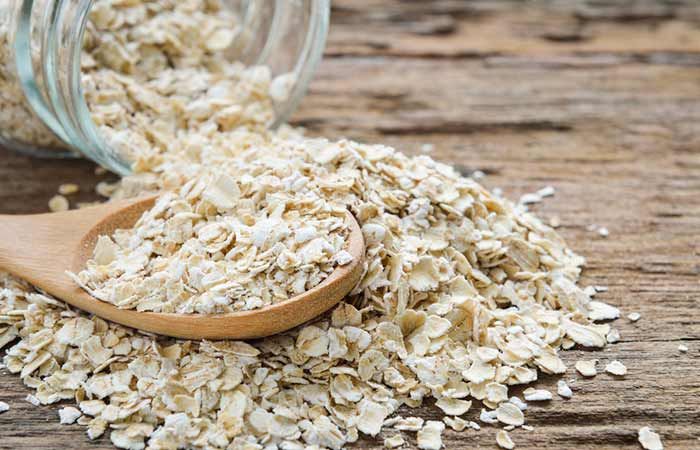 Get Rid Of Oily Hair Naturally - Oatmeal