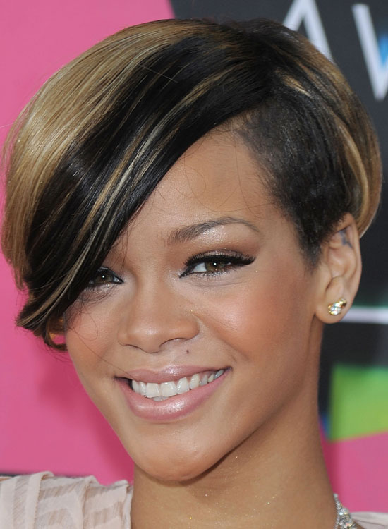 Terrific 50 Best Rihanna Hairstyles Hairstyle Inspiration Daily Dogsangcom