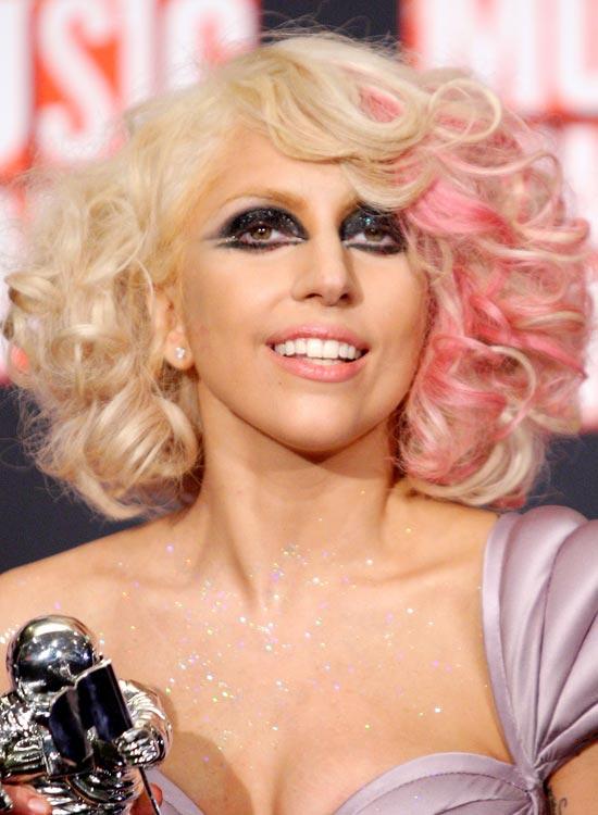 Pink-Blonde-Bob