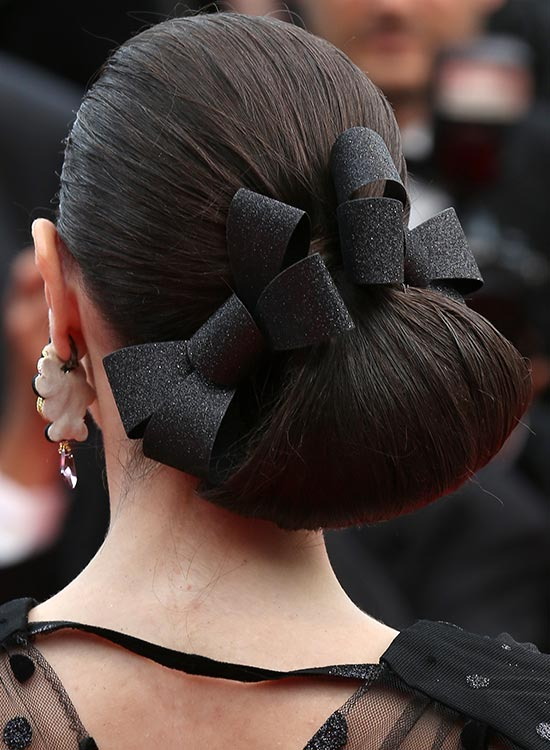 Ribbon up the Chignon Bun