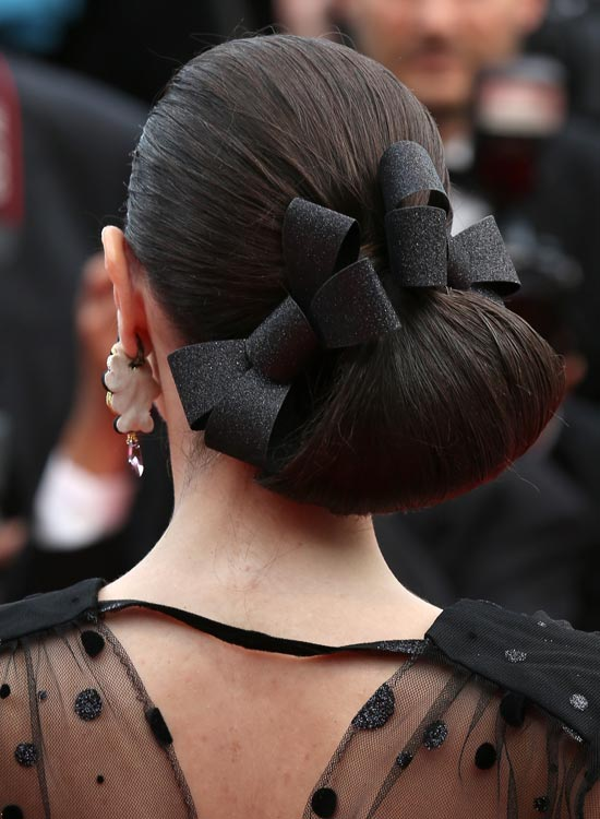 Side-Angular-Loop-Bun-with-Hair-Bows