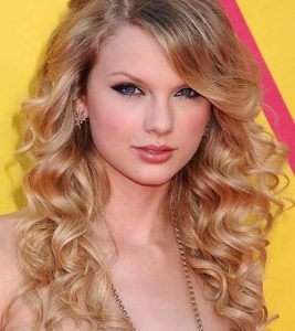 Top 10 Taylor Swift Hairstyles To Inspire You