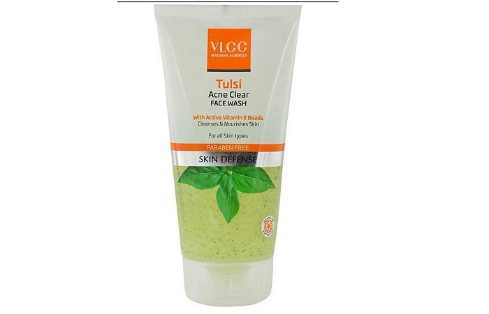 VLCC Tulsi Acne Clear Face Wash