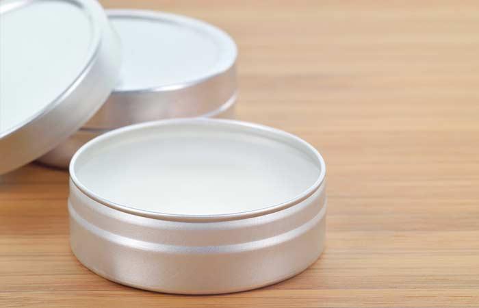 b Lavender Mint Lip Balm - 28 BESTE SHEA BOTER-VOORDELEN VOOR HUID, HAAR EN GEZONDHEID