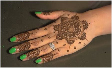 beautiful hand mehndi design