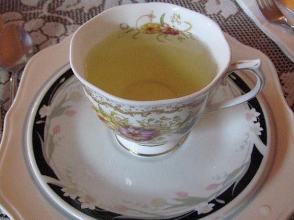 chamomile tea hair