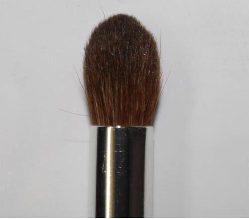 fluffy blending brush