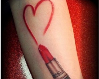 lipstick tattoo designs