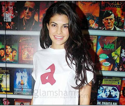 Jacqueline Fernandez Without Makeup at Movie Browse