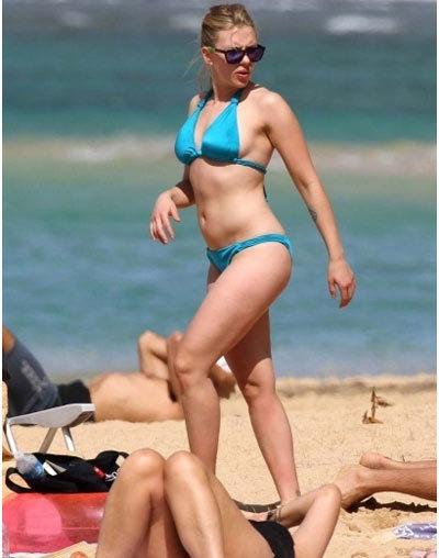 scarlet bikini