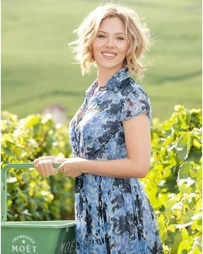 scarlett wine event