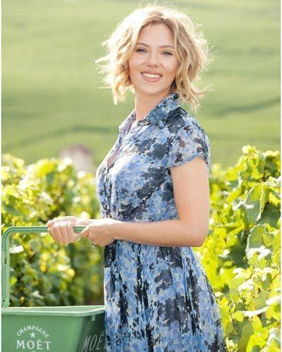 scarlett wine event