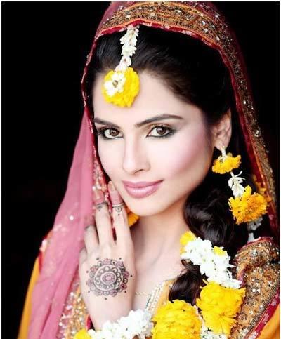 Inilah 10 Gaya Model Rambut Yang Menarik Untuk Pernikahan Bertema India Tribunstyle Com