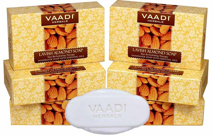 1. Vaadi Herbals Lavish Almond Soap