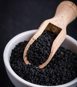 10 Powerful Benefits Of Nigella Seeds Backed By Science