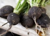 17 Amazing Benefits Of Black Radish For Skin, Hair, And Health