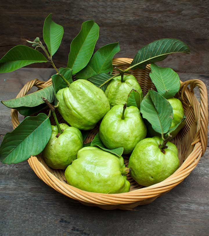 17 Best Benefits & Uses Of Guava Leaves For Skin And Health