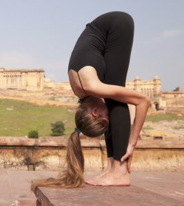 How To Do The Uttanasana And What Are Its Benefits