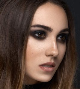 Gothic Eye Makeup Tutorial – With Detailed Steps And Pictures