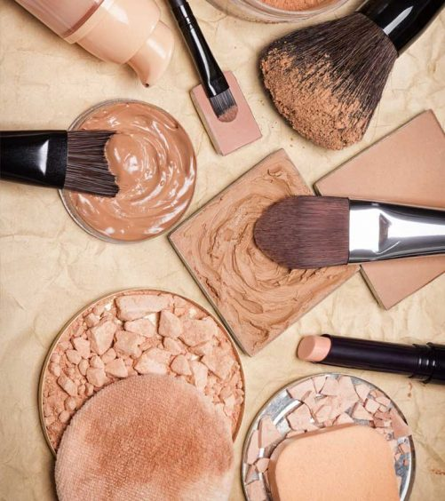 The Best Compact Powders In India – Our Top 20
