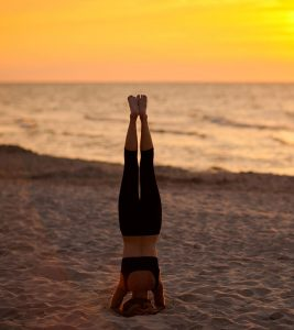 How To Do The Salamba Sirsasana And What Are Its Benefits