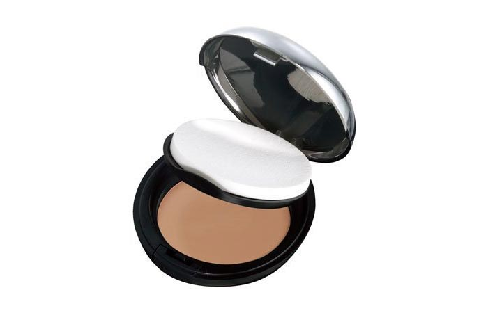 All-In-One Face Base - Best Compact Powder in India