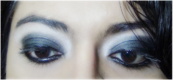 Gothic Eye Makeup Tutorial: Step 6(A): Look Without Winged Formation