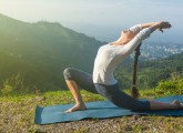 How-To-Do-The-Anjaneyasana-And-What-Are-Its-Benefits